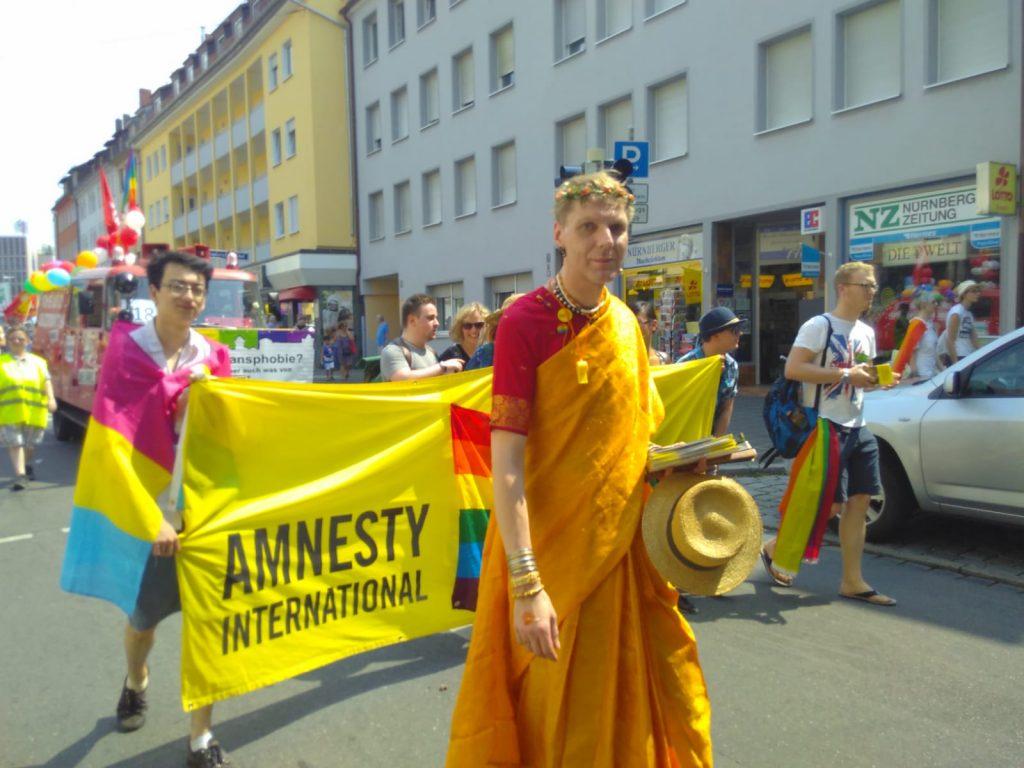 Amnesty International beim Christopher Street Day in Nürnberg
